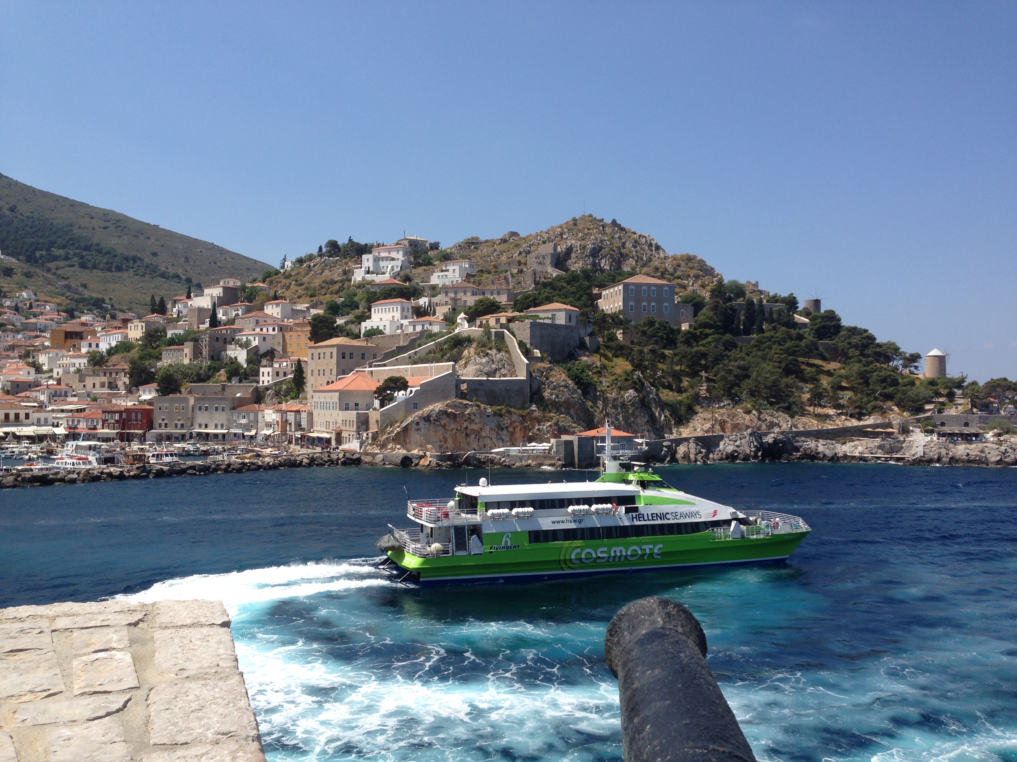 The Flying Dolphin leaving the Port of Hydra Photo by Francesca Muir